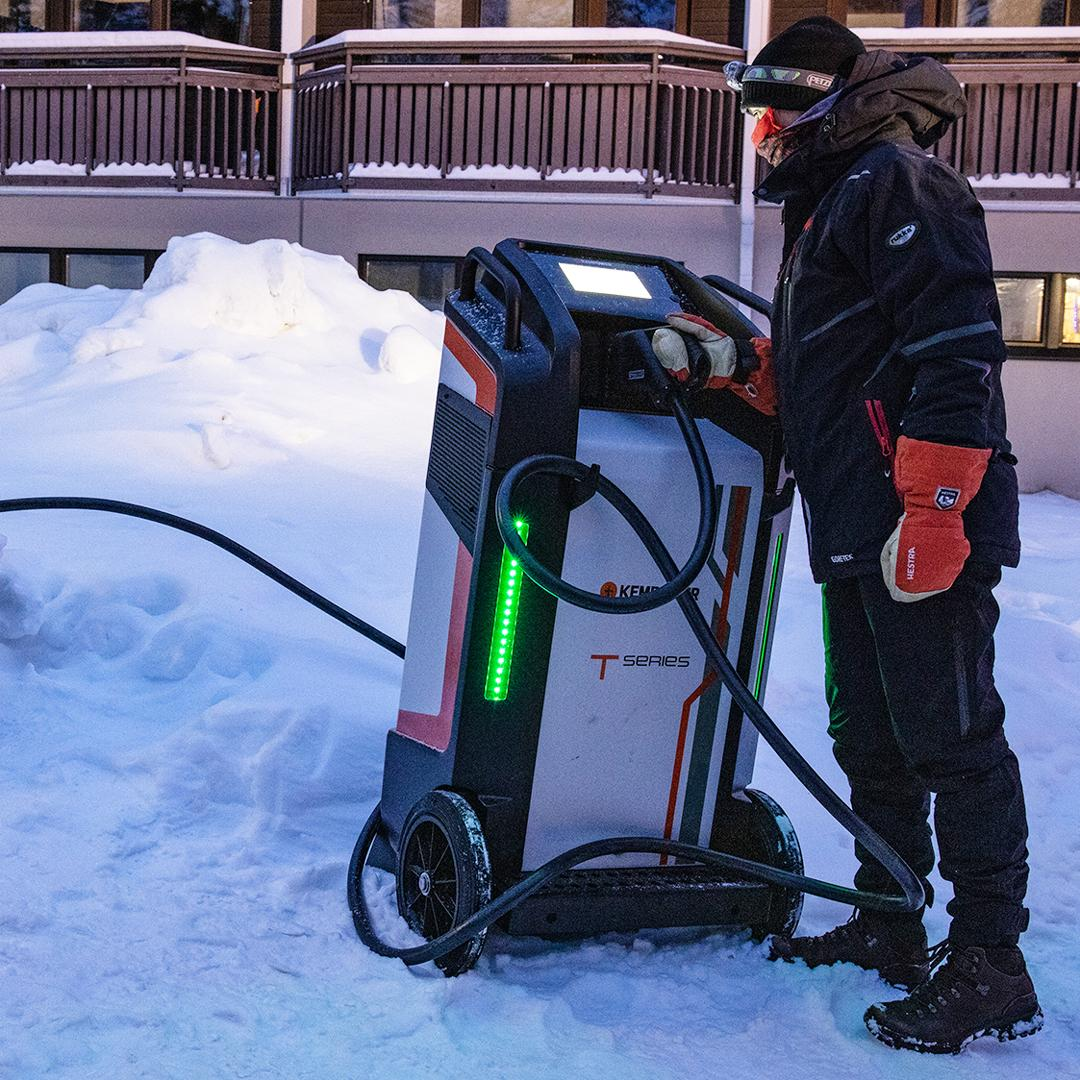 """Kempower - Winter Car Test 2021 in Lapland - Mobile """"Mr. T ..."""